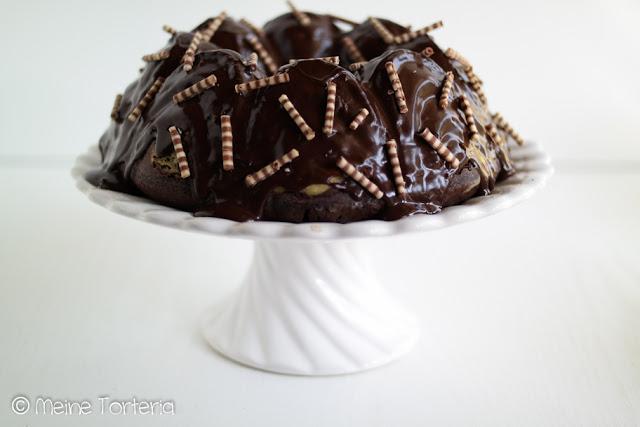 Schokoladenkuchen mit Cheesecakekern