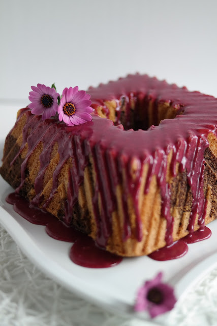 Heidelbeer-Marmorkuchen