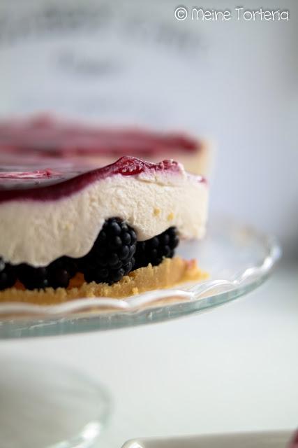 Brombeer-Frischkäse-Torte