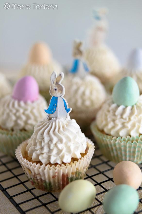 Möhren-Cupcakes mit Vanille-Mascarpone-Topping
