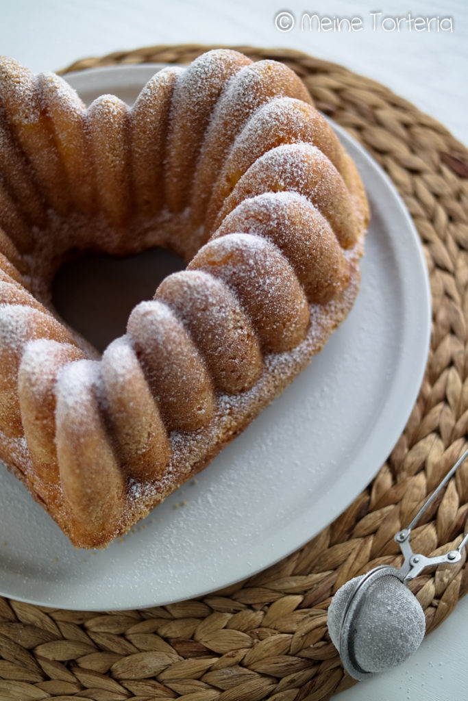 Vanille-Mandarinen-Gugelhupf